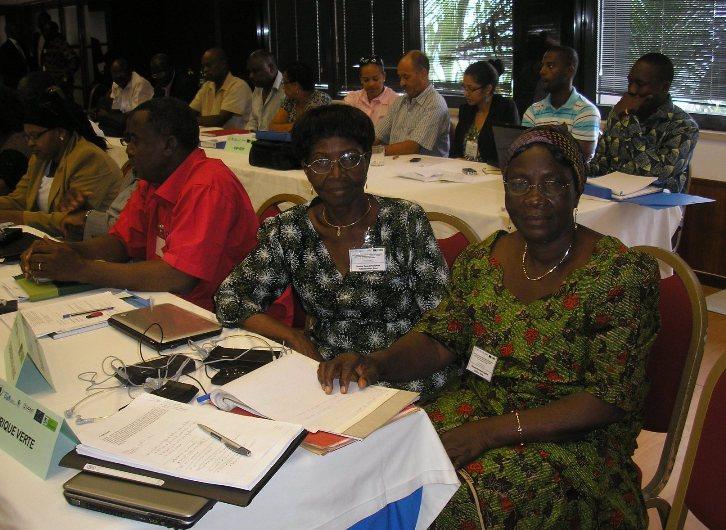 RPCA de Praïa. A droite, Madame Bambara représente les transformatrices soutenues par AVI
