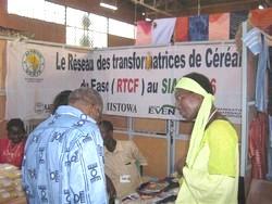 Le stand des transformatrices au SIAO 2006