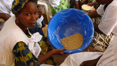 Transformatrice de céréales du Niger, en formation